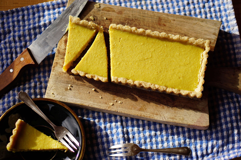 Vegan ginger-lemon taart