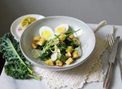 Winter Caesar | vega ceasar salade met boerenkool