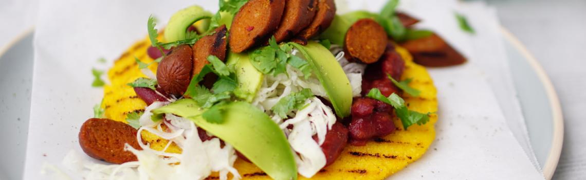 AREPA COLOMBIANA | maispannenkoekjes uit colombia (glutenvrij en vegan)