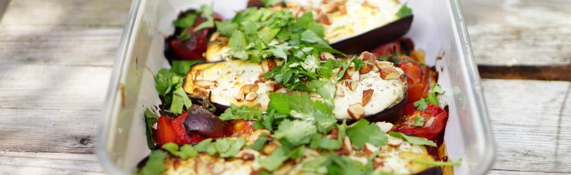 AUBERGINE TIKKA | mild gemarineerde aubergines uit de oven