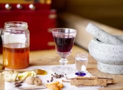 Hippocras: een middeleeuws recept voor gekruide wijn